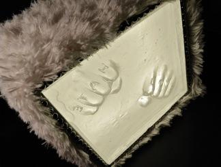 NO HARD FEELINGS! 2012 Size: W.17 x H.17 x D.14cm Medium: Box-cast clear glass, metal, wood, faux-fur & LED lights
